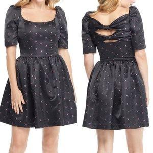 Gal Meets Glam Maude Daisy Satin Bow Back Dress
